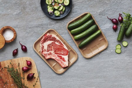 Cascades lance une barquette alimentaire en carton thermoformé 100 % recyclé et recyclable, une première nord-américaine